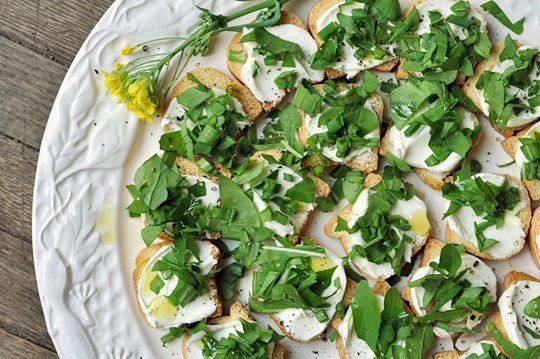 Quick Snack Recipe: Cream Cheese and Arugula Toast Bites | The Kitchn