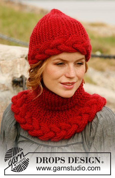 """Bonnet et tour de cou DROPS tricotés au point mousse avec une torsade, en """"Eskimo"""". ~ DROPS Design"""