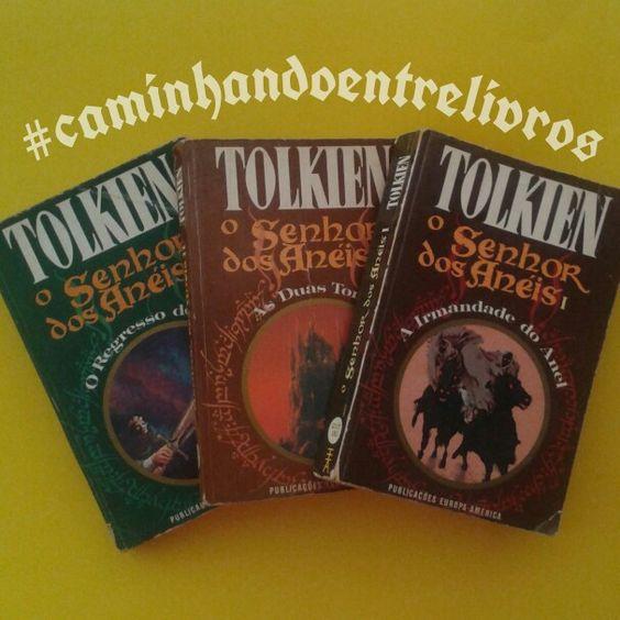 """O Senhor dos Anéis"""" (The Lord of the Rings) que é uma trilogia de livros escrita pelo britânico J. R. R Tolkien (1892-1973) entre os anos 1937 e 1949, com muitas partes criadas durante a Segunda Guerra Mundial.  A estória começa como sequência de um livro anterior de Tolkien, O Hobbit, e assim como este é ambientada na fictícia Terra-Média e narrada por um de seus personagens, Frodo Bolseiro, que nos conta sobre """" A Guerra do Anel"""" uma luta contra o mal onde as raças de Humanos, Anões…"""