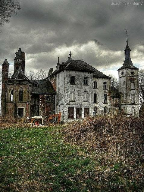 abandoned.jpg 478×640 pixels: