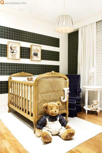 Quarto de bebê xadrez azul masculino