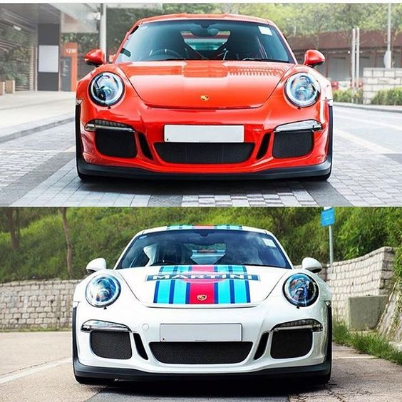 911 GT3 RS and 911 Martini Racing