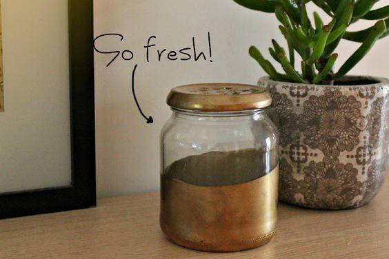 In English and French- DIY air freshener.    ...Sugar: DIY#6: un désodorisant naturel en 5 minutes
