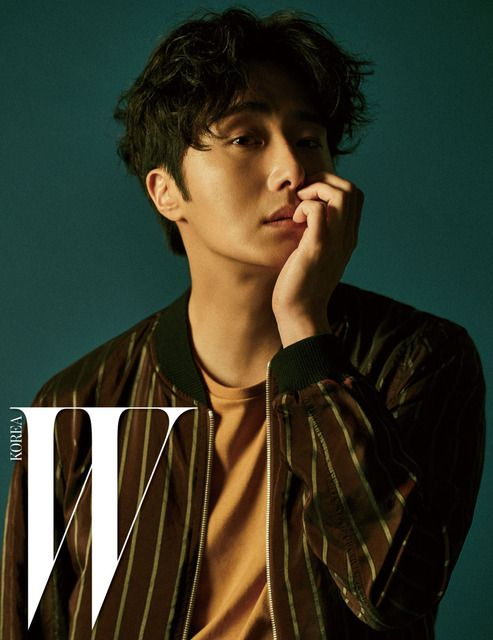 """We hadn't seen Jung Il Woo since 2014's """"Diary Of A Night Watchman"""" so we're delighted to see him back on our screens with """"Cinderella And Four Knights"""". A…"""