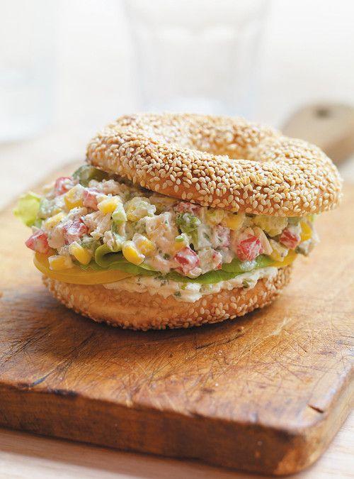 Bagels à la salade de poulet épicée Recettes | Ricardo