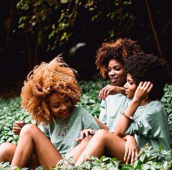 Curlfriends. Pinterest CEO: @KinngKaaay