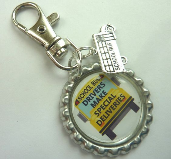 School bus driver bottlecap with bus charm clip / by craftworkz