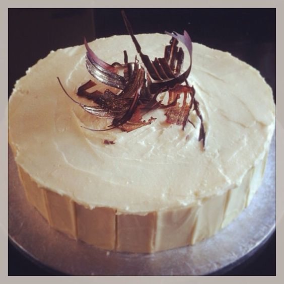 Chocolate Cake with White Chocolate Decoration