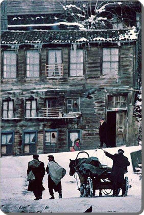 Sultanahmet wood homes,istanbul 1968