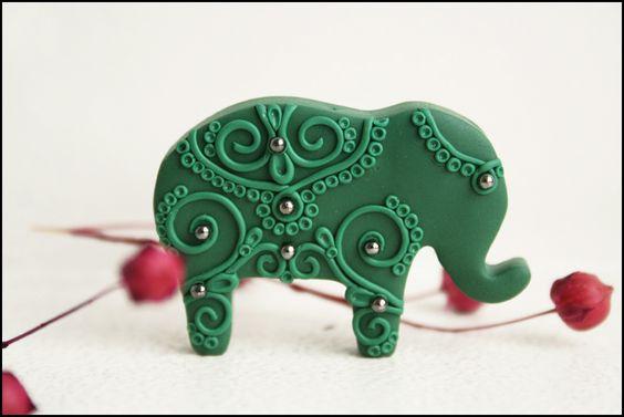 Indian elephant brooch - green