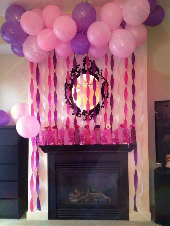 In my theme colors this would be cute on a wall where i for Balloon and streamer decoration ideas