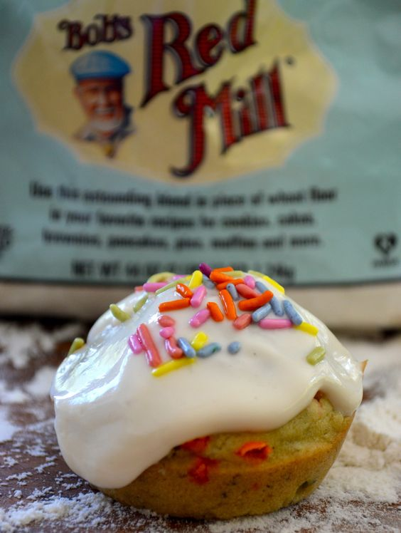Funfetti Cupcakes | Slender Seven