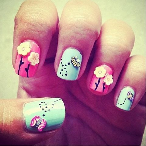 Cute 3D nails. In reality they would get caught on everything, but oh well.: