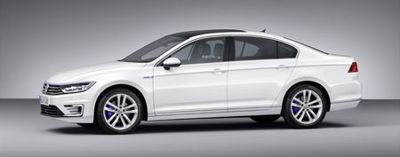 Side View of the new Passat GTE