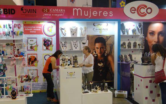 Mujeres Ecco, Colombia