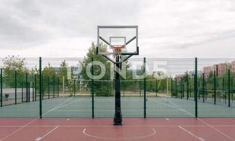Outdoor Basketball Court In A Public Park Stock Photos Ad Court Basketball Outdoor Public Outdoor Basketball Court Outdoor Public Park