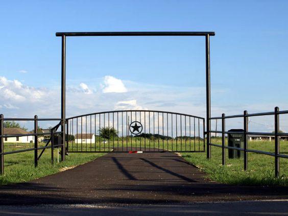 ranch entryways | Ranch & Residential Entry Gates