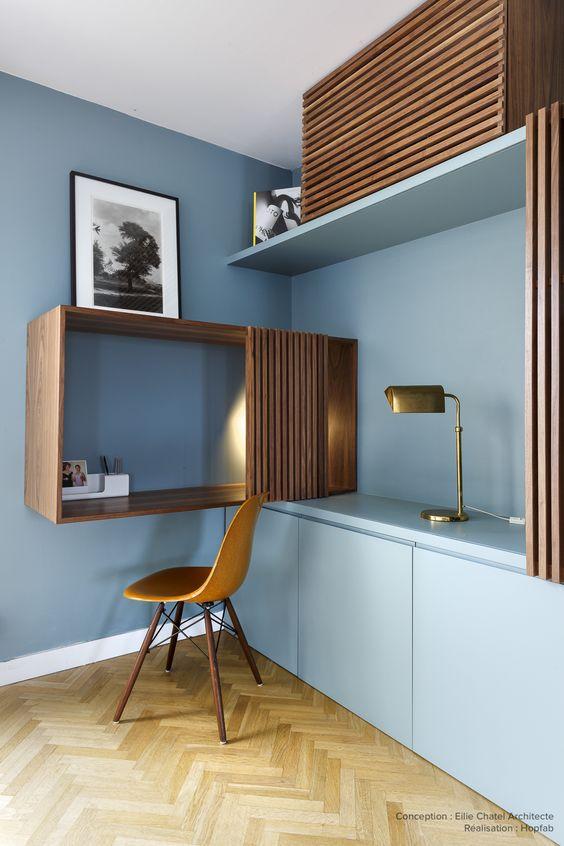 Pour Une Renovation D Appartement A Paris Les Artisans Hopfab Ont Realise Un Agencement Sur Me Bureau A Domicile Meuble Bas Salon Amenagement Interieur Maison