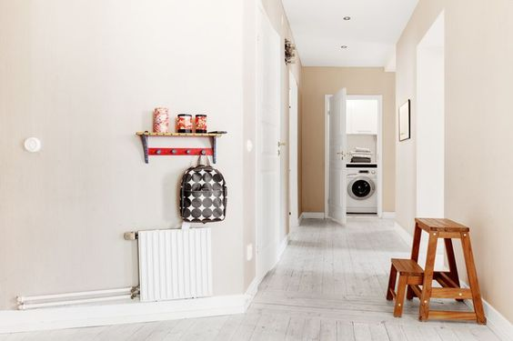 white washed floors, yes please.