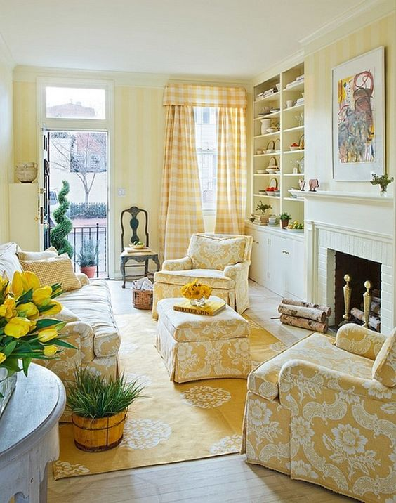 Traditional living room with gentle yellow stripes