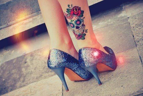 i don't know what i love more: the shoes, or the tattoo