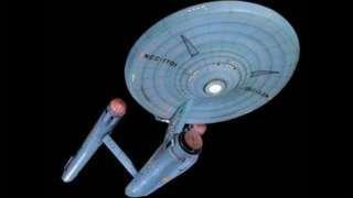 """Image copyright                  AP                                                     No hay que ser un amante de """"Star Trek"""", que cumple 50 años desde que se transmitió el primer capítulo televisivo, para sentir fascinación por las innovaciones científicas que allí se exploran y materializan.  El rayo tractor es sin lugar a dudas una de ellas. En ese universo de ficción, las naves espaciales son atrapadas y transportadas p"""