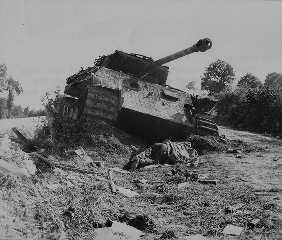 Panzer V Panther tank - destroyed | Armor Wrecks ...