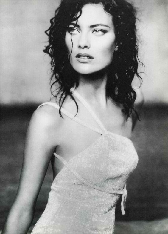 Paolo Roversi - Shalom Harlow. Photographed for a Giorgio Armani advertisement, autumn 2006.