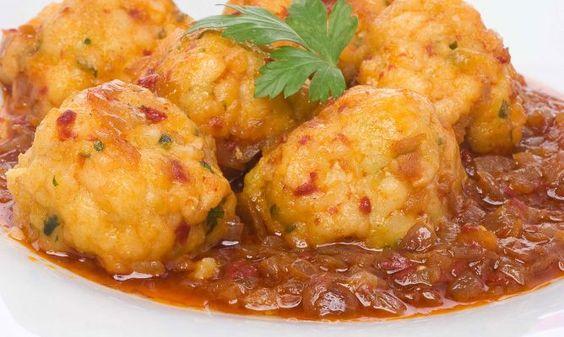 Receta de Albóndigas de bacalao con salsa vizcaína