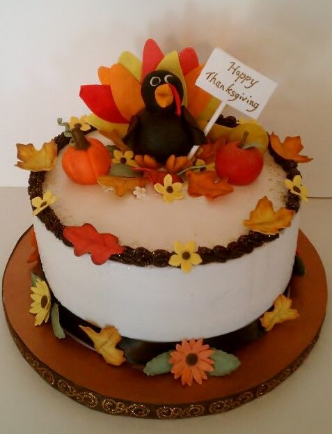 Happy Thanksgiving Cake, all decorations made from gumpaste #CakesbyLauren