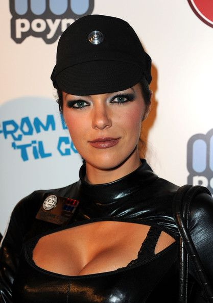 adrianne curry | ... con 2011 in this photo adrianne curry model adrianne curry attends the