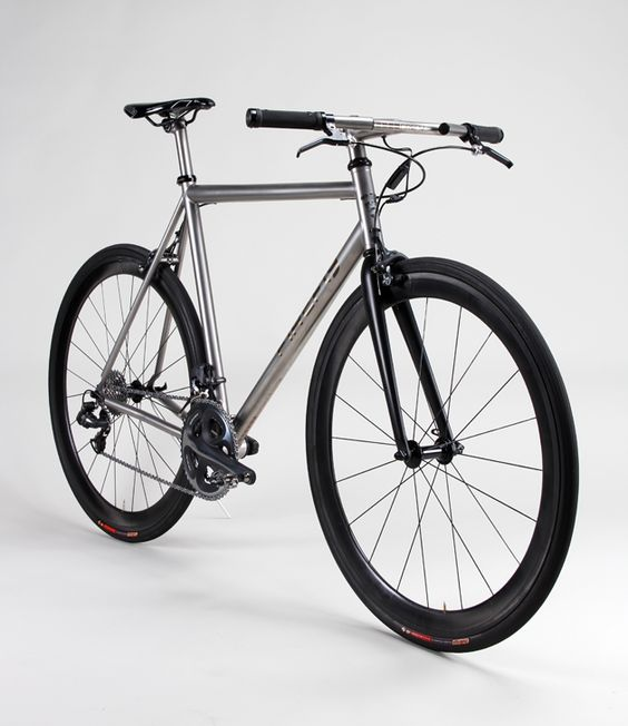 Need A New Commuter Firefly Bikes Features A Flat Bar 20 Speed