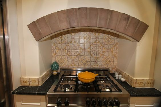 Great project! Custom backsplash from our Nord collection.