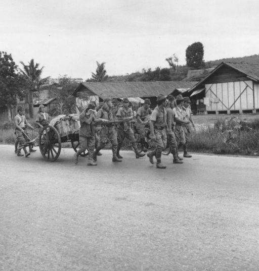 Surrender Of Japan World War 2 Japanese Soldiers Morale