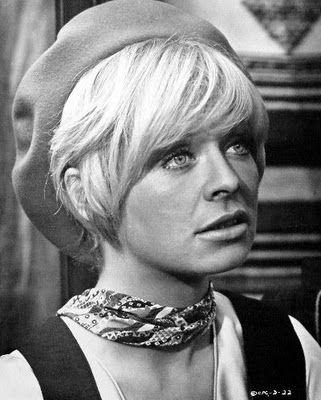 Google Image Result for http://2.bp.blogspot.com/_OvryYdVtfSo/TTOCPMi4mhI/AAAAAAAAG3Q/ZN0deOmOKao/s1600/Susannah_York_Duffy_Kaleidoscope_Gold_That_Lucky_Touch_Swinging_Sixties_actress.jpg