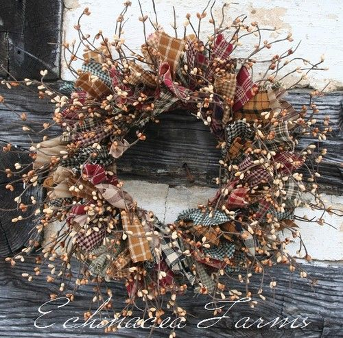 MIXED RAG & BERRY WREATH