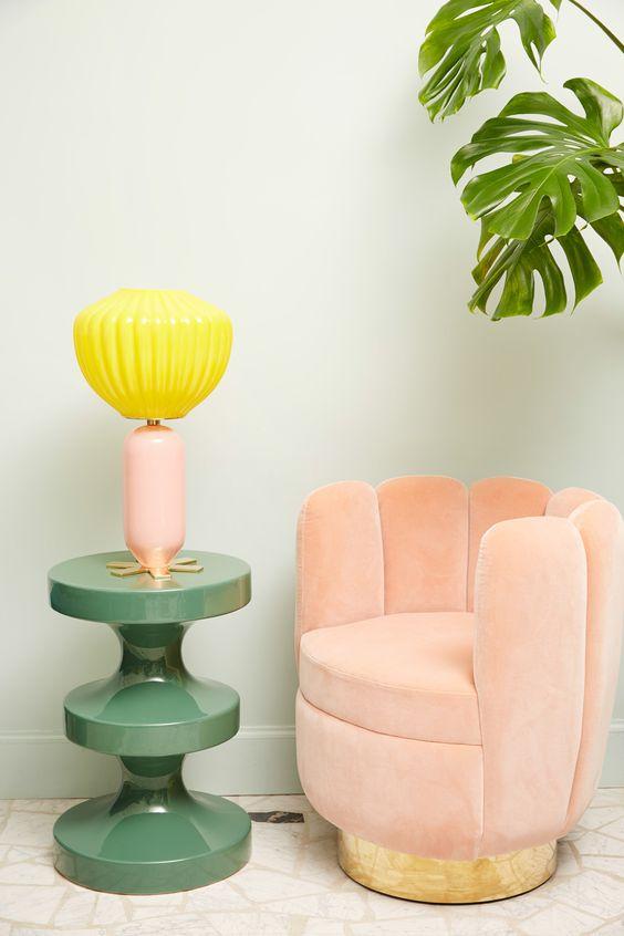 LUXURY PINK CHAIR DESIGN| Modern chair by India Mahdavi| www.bocadolobo.com/ #modernchairs #chairideas
