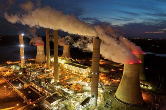 La bête de GéorgieLa centrale électrique Robert-W.-Scherer est le plus gros émetteur de gaz à effet de serre des Etats-Unis. Elle brûle près de 11 millions de tonnes de charbon par an.
