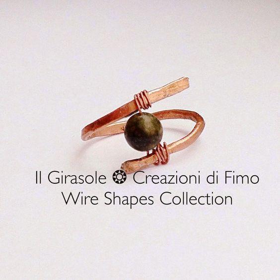 Il Girasole ❂  Creazioni di Fimo: #Anello in #wire #ramato battuto e #perla di #fiume #verde  #wirewrapping #green #ring #handmade #wirewrapped