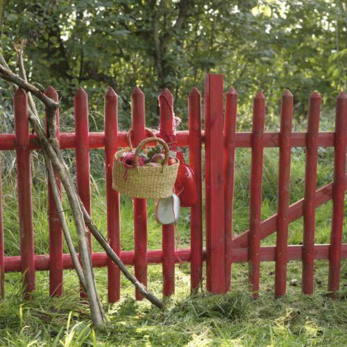 Commencons Par La Petite Cloture De Jardin Intemporelle Que Nous