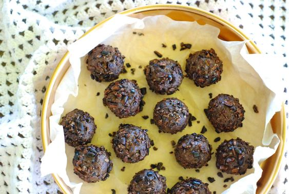 Chocolate bliss ball recipe with essential oils