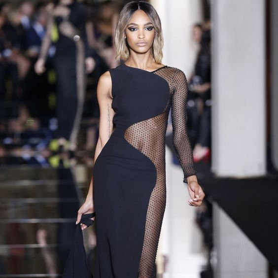 Versace: Sexy Couture-Show