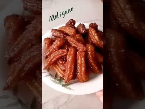 خرينكو تشورو أو ما يسمى بالاسبانية Churros حلوى2 إقتصادية بدون بيض لكن رائعة تابعوني للآخر وشكرا Youtube Cuisine Friture Churros