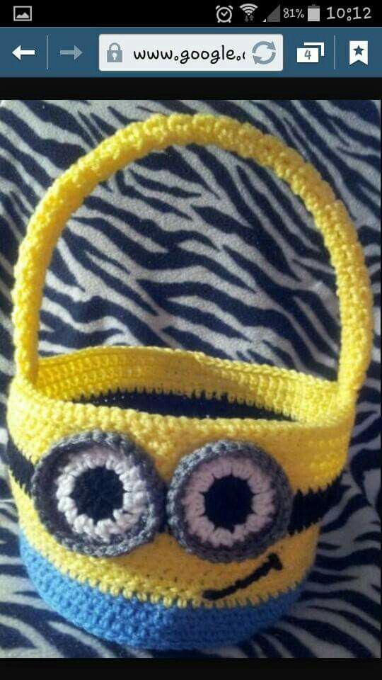 MINION EASTER BASKET
