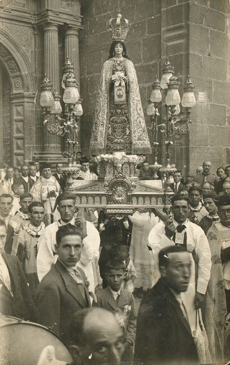 A 1930s procession in honour of Our Lady of Mount Carmel in Rubielos, Spain.: