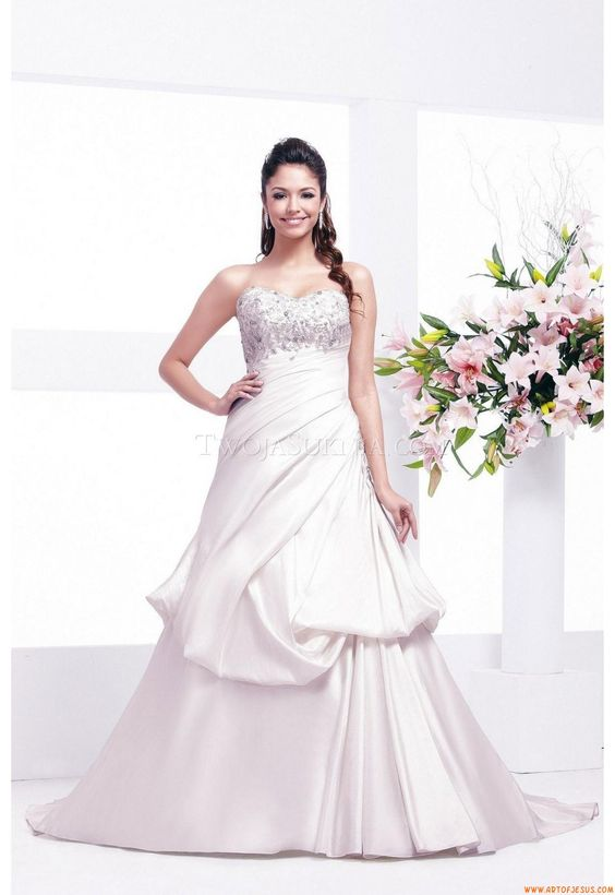 Wedding Dress Veromia VR 61110 Veromia