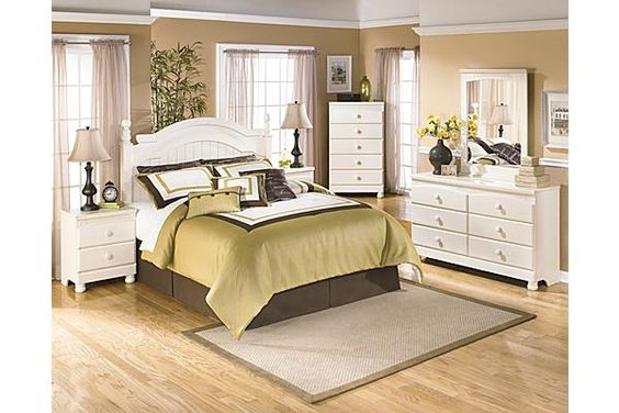 """The Cottage Retreat Queen/Full Poster Headboard from Ashley Furniture HomeStore (AFHS.com). The """"Cottage Retreat"""" youth bedroom collection takes early American country design to create a fun and inviting cottage retreat perfect for any child's bedroom."""