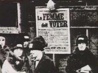 Droit de vote des femmes 21 avril 1944. Le droit de vote est accordé aux femmes. Un jour historique qui fête son 70ème anniversaire. Retour en images sur la vie civique des Françaises.