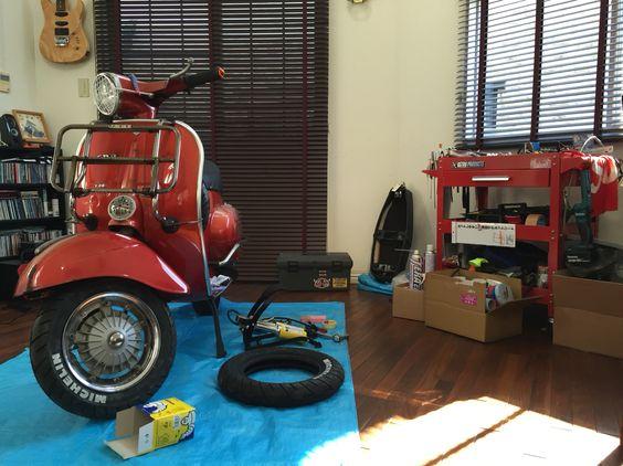 My Room & Vespa 125 ET3 Primavera