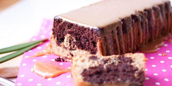 Rezept für einen lowcarb Erdnussbutter Kuchen mit Mandeln, butter, Mandelmilch, Vanille und Erdnussbutter